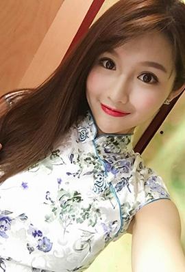 香港美女黄乐乐自拍私房照甜美迷人