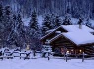 雪景小屋电脑壁纸