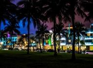 佛罗里达州,迈阿密,南海滩,夜间城市风景桌面壁纸