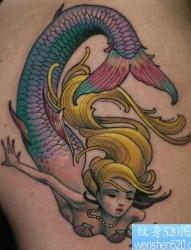 一张漂亮时尚的美人鱼纹身图片