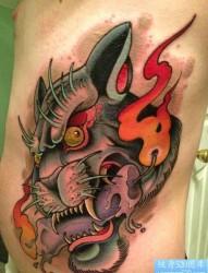 为您推荐一张侧腰上老虎纹身图片