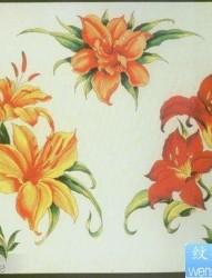 一组漂亮前卫的彩色百合花纹身图片