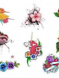 女人花卉纹身图片图案