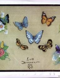 蝴蝶纹身图片:蝴蝶花纹身图片图案