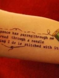 女僧手臂英文刺青