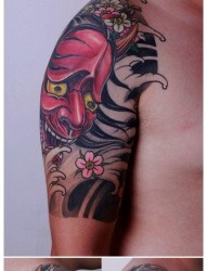 男生手臂经典帅气的般若纹身图片