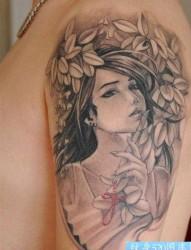 手臂流行漂亮的插画美女纹身图片