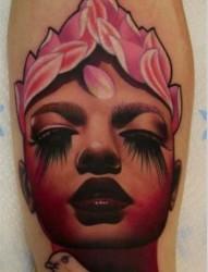 让大家欣赏一张个性的人物纹身作品