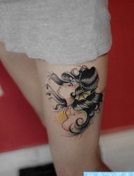 女人腿部漂亮的人鱼美女纹身图片