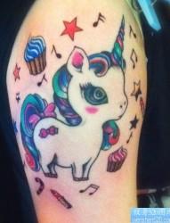 少女风独角兽纹身图片由纹身520图库推荐