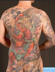 推荐一幅新传统经典满背纹身图片