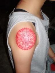 男生手臂漂亮的图腾刺青