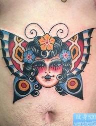 腹部漂亮的彩色蝴蝶头像纹身作品