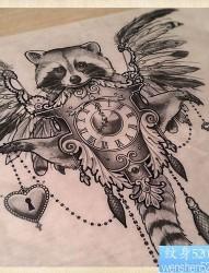 时尚漂亮的猫头鹰纹身手稿图案