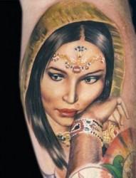 美女肖像纹身是唯美纹身爱好者的不错选择图案