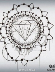 一款钻石花纹身图案