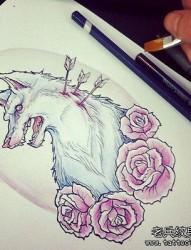 一款玫瑰花纹身图案