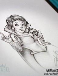 白雪公主纹身手稿图案