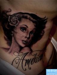 一款颈部肖像纹身图案