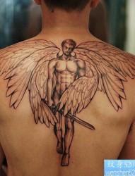 一款肩背米迦勒天使纹身图案