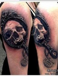 一款经典的手臂欧美骷髅纹身图案
