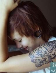 一组短发美女刺青套图,短发专属韵味