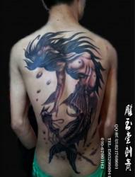 纹身会让你更自信