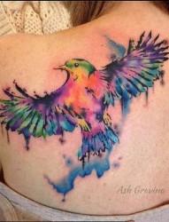色彩缤纷的个性水彩纹身