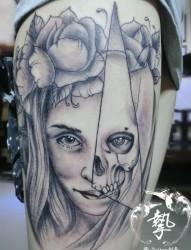 大腿美女骷髅纹身