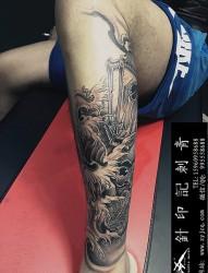 男士腿部个性纹身图案