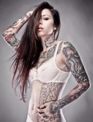 纹身女郎  诠释最潮时尚