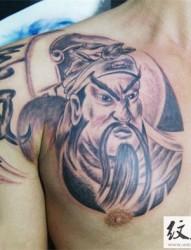 个性的胸前关羽关公纹身