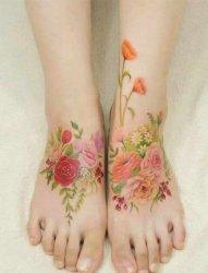女生应该都会喜欢的花纹身