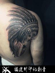 肩膀印第安人纹身