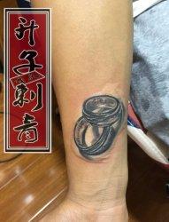 戒指纹身 升子纹身