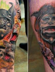 小腿上的游戏主题形象纹身图片