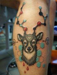 小腿上的个性风格鹿头纹身纹身图片