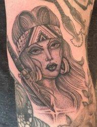 来自纹身师塔玛拉纹身动物和人物肖像纹身图案