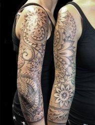 漂亮的黑灰色曼陀罗花臂纹身图案