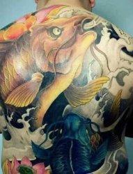 谁有这个的满背鲤鱼纹身全图我要纹