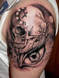 男生喜爱的黑灰点刺技巧骷髅头纹身图案