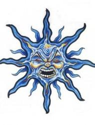 一款恐怖的太阳纹身手稿素材