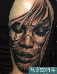 大臂美女纹身图案图片