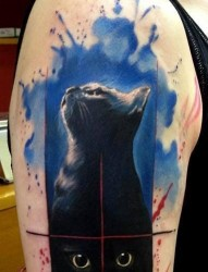 很流行的一款喷墨猫纹身图案