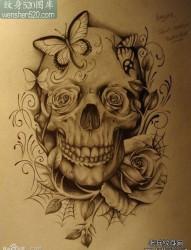 一张潮流唯美的黑灰骷髅纹身手稿