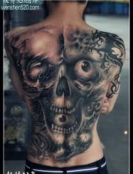 超酷的满背黑白骷髅纹身图案