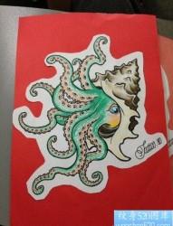 流行前卫的一张章鱼纹身手稿