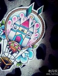 前卫流行的热气球纹身手稿