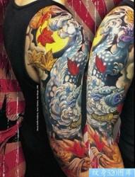 手臂流行超酷的唐狮子纹身图片