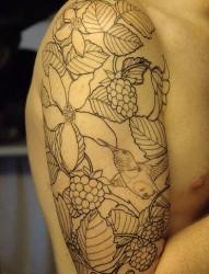 手臂上一款素色花朵纹身
